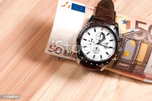 istock Time is money 174998562