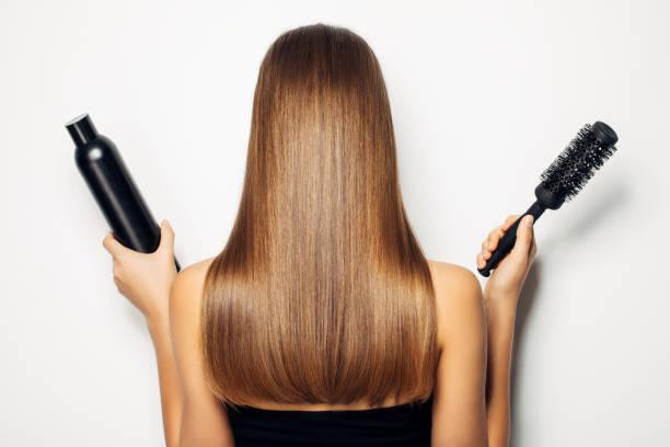 temps de changer le concept de coiffures avec coupe de cheveux - technique photographique photos et images de collection