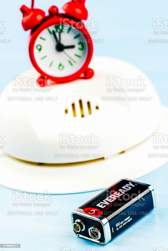 Time to Change Smoke Detector Batteries bildbanksfoto