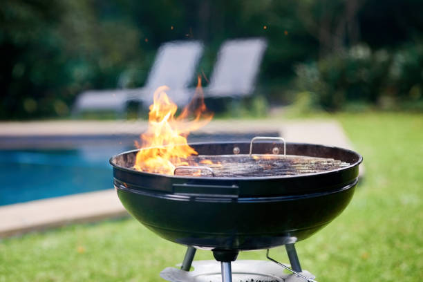 time to get grilling - bbq stock pictures, royalty-free photos & images