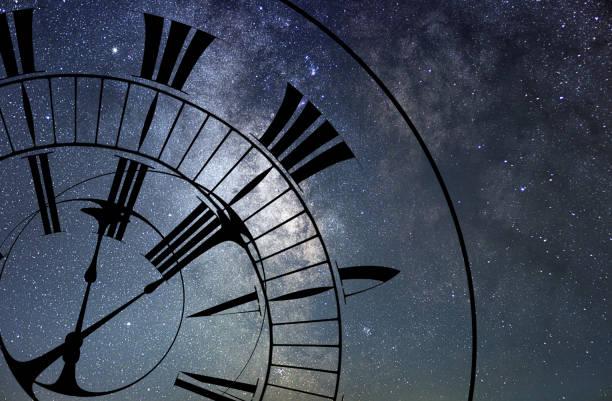 warp del tiempo. tiempo y espacio, relatividad general. - e=mc2 fotografías e imágenes de stock