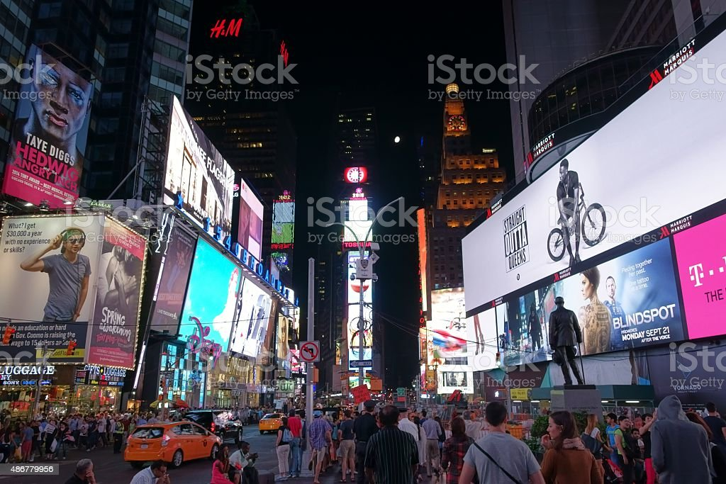 Times Square, Broadway, em Manhattan, Nova York - foto de acervo