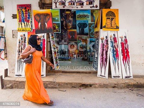 istock Tinga tinga paintings in Stone Town, Zanzibar, Tanzania 475030274