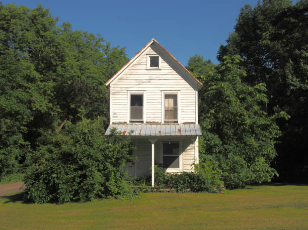 23 631 Old Farmhouse Stock Photos Pictures Royalty Free Images Istock