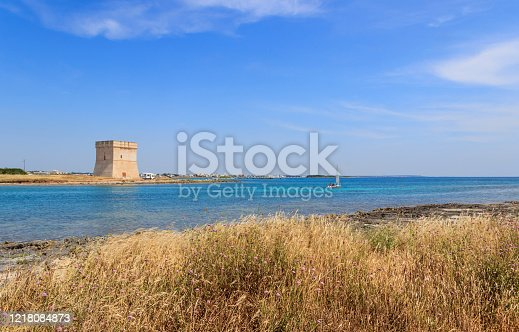 Chianca or Santo Stefano tower: located on a tiny peninsula near