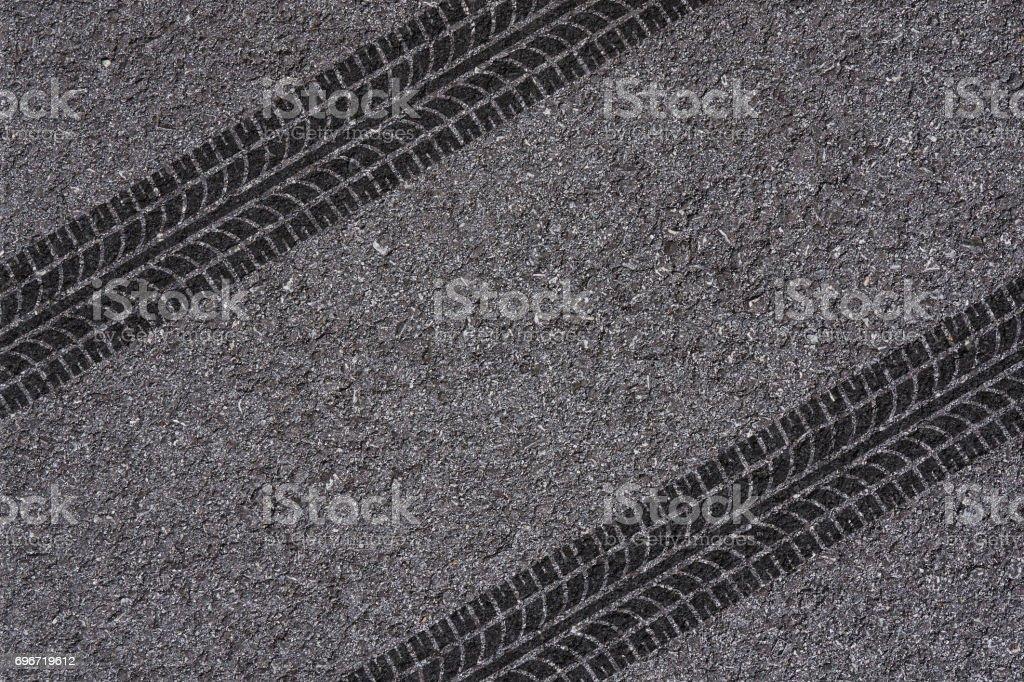 Reifen-Strecke auf asphalt – Foto