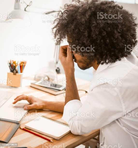 Tired freelance man hard working on laptop and need rest side view of picture id1238279625?b=1&k=6&m=1238279625&s=612x612&h=kkoiqhanpewrup36er9qvr3j6mzoxgpgwrzvnhrf53w=