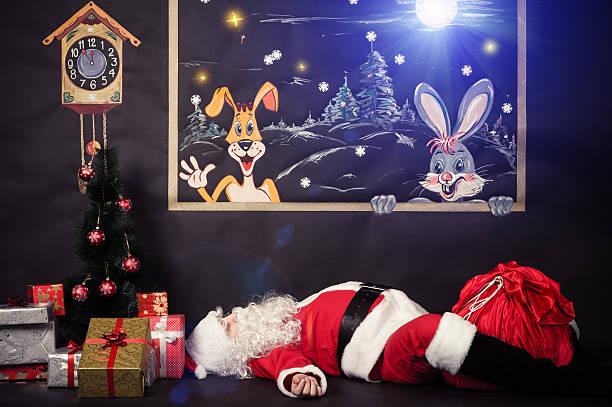müde santa claus - weihnachtsbilder zum ausmalen stock-fotos und bilder