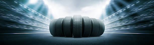 Reifen auf der Spur arena road – Foto