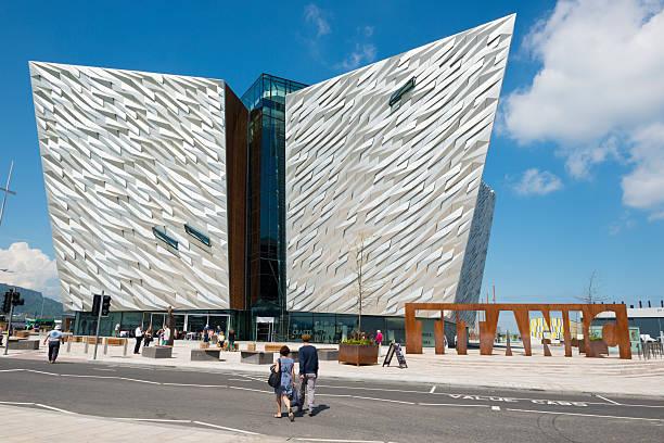 Titanic Museum in Belfast, Northern Ireland - foto de stock