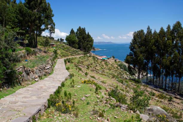 チチカカ島訪問 - タキーレ島 ストックフォトと画像