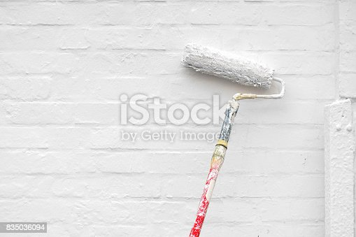 835790922istockphoto To paint a wall white 835036094