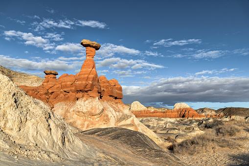 An image of the Toadstool Hoodoo in Kanab, Utah