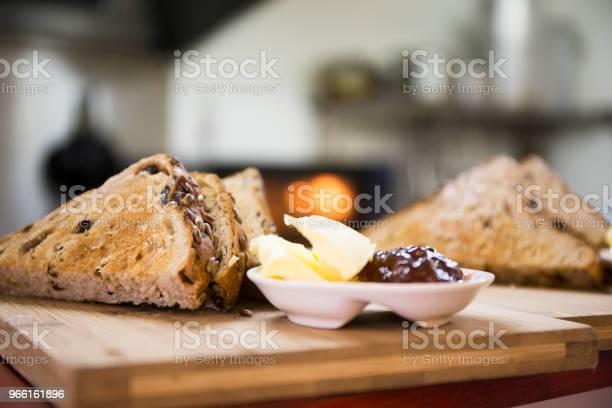 Rostat Bröd-foton och fler bilder på Amerikansk kultur