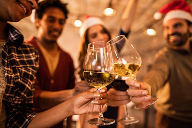 乾杯、今後の事業業績に新しい年。 - 社内パーティ ストックフォトと画像
