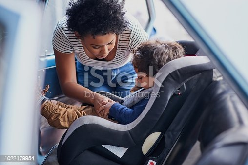istock Toddlers should always travel in a car seat 1022179954