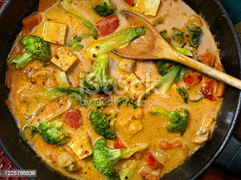 Tofu Curry Soup with Vegetables