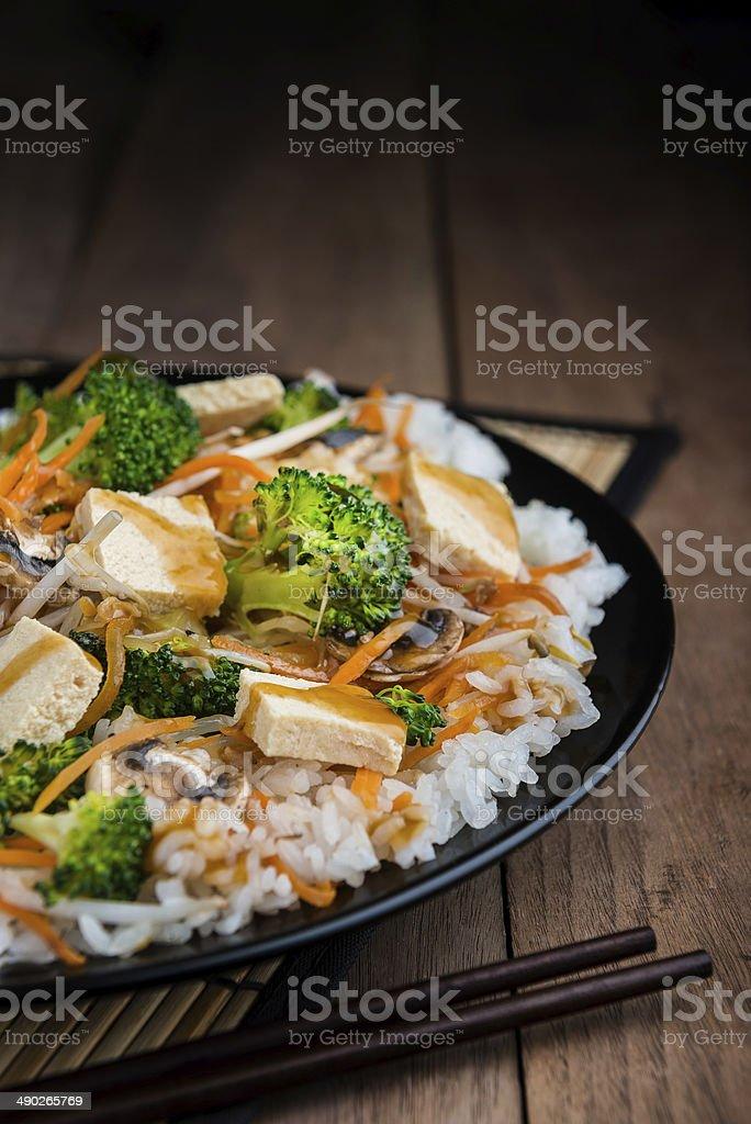Tofu salteado - foto de stock