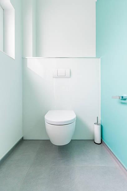 toilette - badmöbel gäste wc stock-fotos und bilder
