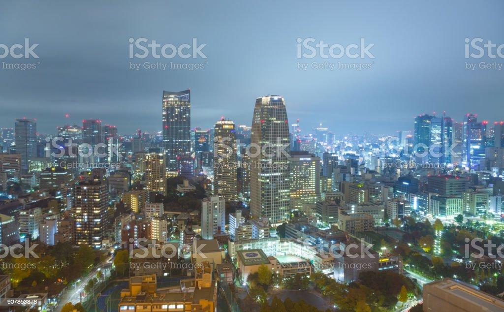 Tokio-Stadt bei Nacht. – Foto