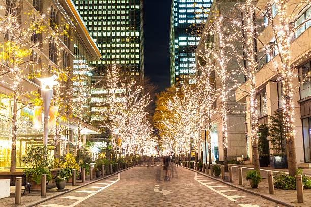 tokyo iluminations - weihnachten japan stock-fotos und bilder