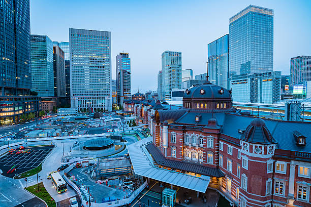 Tokyo, Japan at the Marunouchi business district and Tokyo Station – Foto