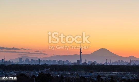 1131743616 istock photo Tokyo Skytree and Mount Fuji 955447936