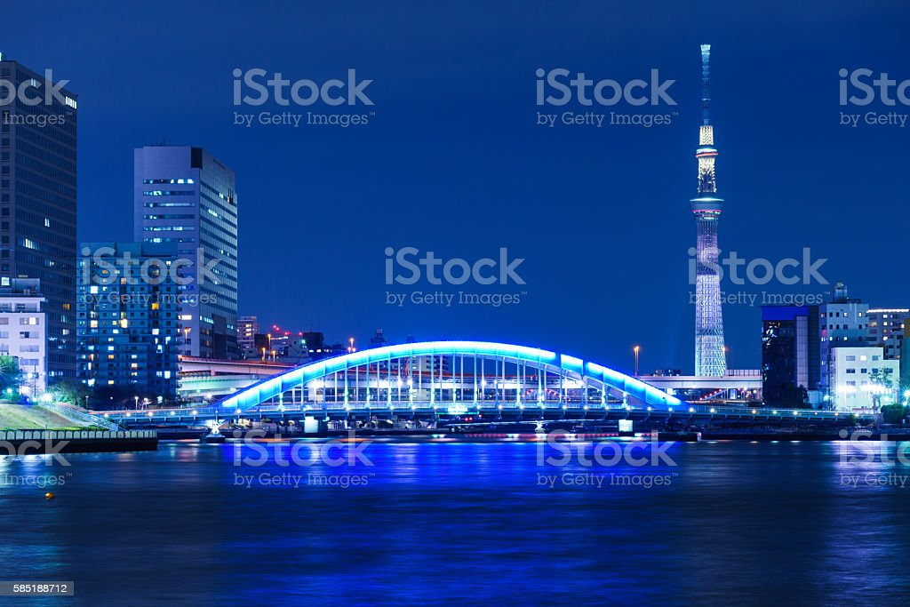Tokyo Skytree Special Lighting 'White Chocolate' and Eitai Bridge ストックフォト