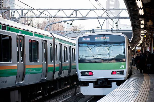 東京の地下鉄駅 - 通勤 ストックフォトと画像