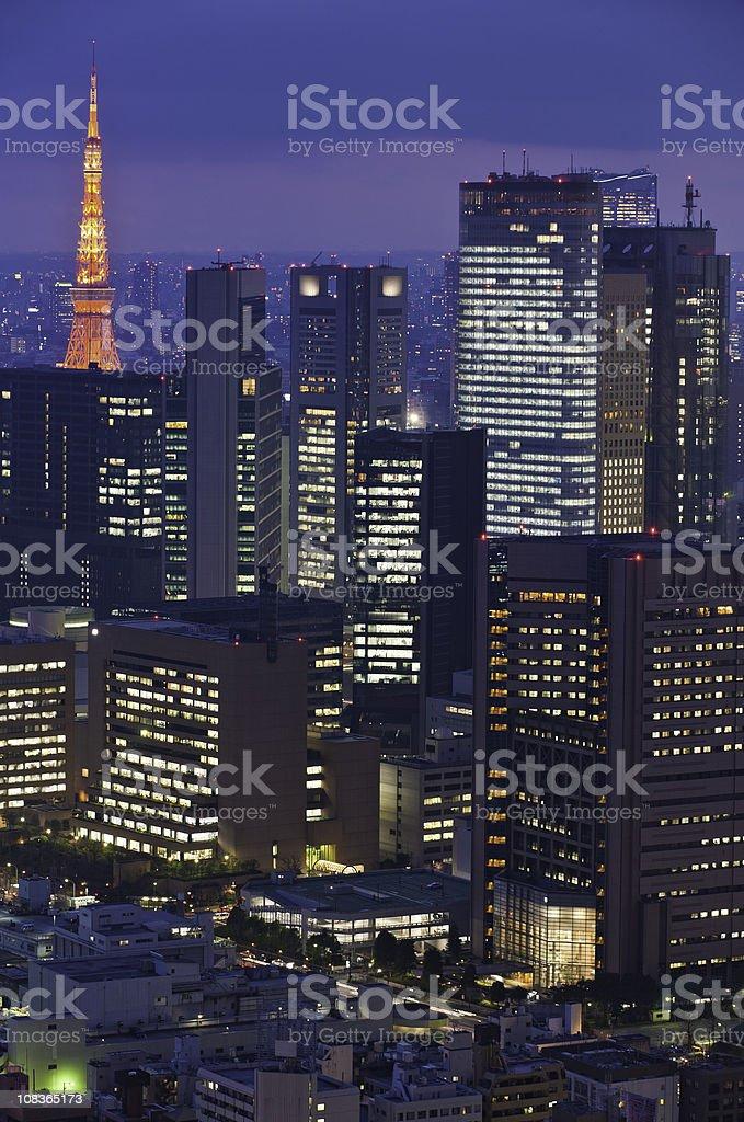 Luci Al Neon Per Ufficio.Torre Di Tokyo Illuminato Di Notte Grattacieli Di Citta Di Luci Al