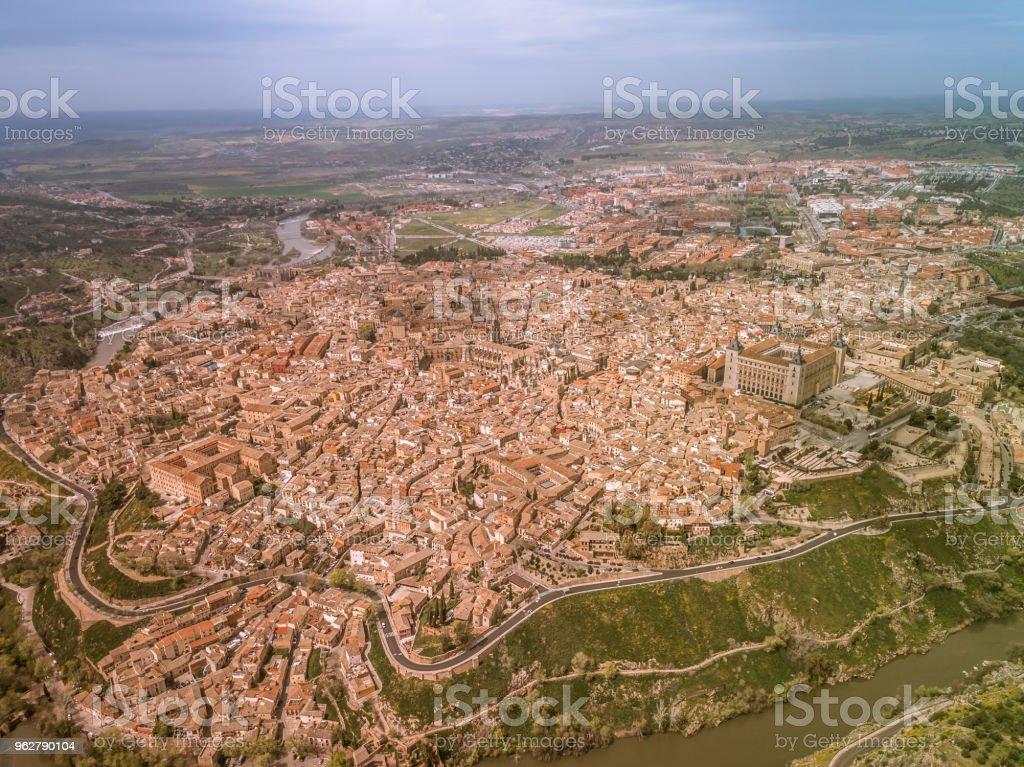 Vista aérea de Toledo, Espanha - Foto de stock de Antigo royalty-free