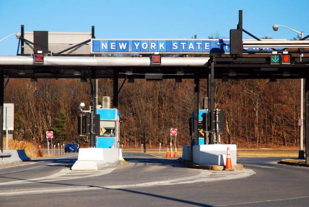 Eine Mautstelle am New York State Thruway – Foto