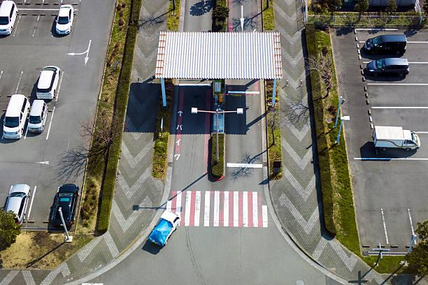 Tollbooth in car park picture id532558118?b=1&k=6&m=532558118&s=612x612&w=0&h=4iojv0w2ejnhykxwjfv sdqktgh jtzpvpmaiglqjea=