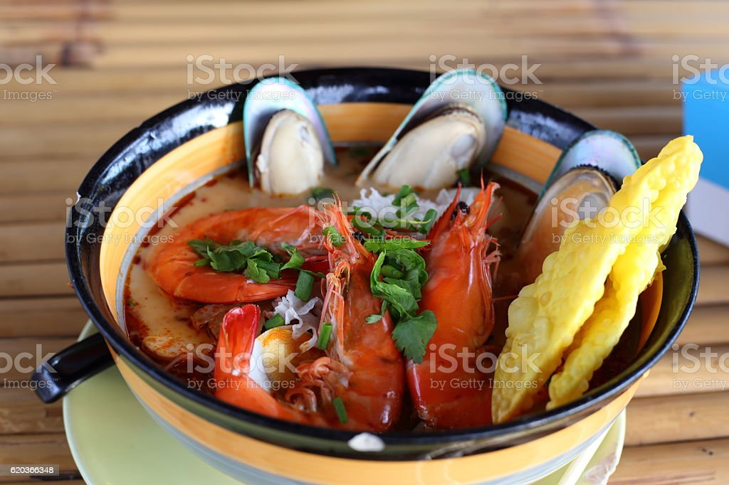 Tom Yum Goong (Total seafood soup) Thai food foto de stock royalty-free