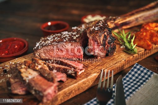 Tomahawk Steak with Country Potatoes