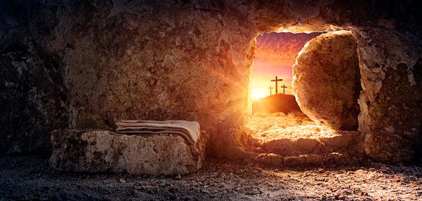 Tomb Tom Med Svepning Och Korsfästelse Vid Soluppgången Jesu Kristi Uppståndelse-foton och fler bilder på Andlighet