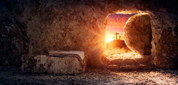 Tomb Empty With Shroud And Crucifixion At Sunrise - Resurrection Of Jesus Christ Empty tomb of Jesus at sunrise with crosses in background easter stock pictures, royalty-free photos & images