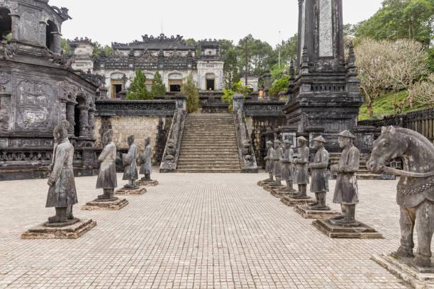 Grab von Kaiser Khai Dinh Hue, Vietnam. Ein UNESCO-Weltkulturerbe – Foto