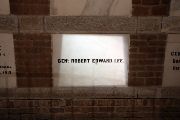 Tomb of Robert E. Lee Lexington, VA, USA - July 14, 2017: The tomb of Robert E Lee at Washington and Lee University. Washington and Lee University is a private liberal arts University located in Lexington, Virginia. robert e. lee stock pictures, royalty-free photos & images