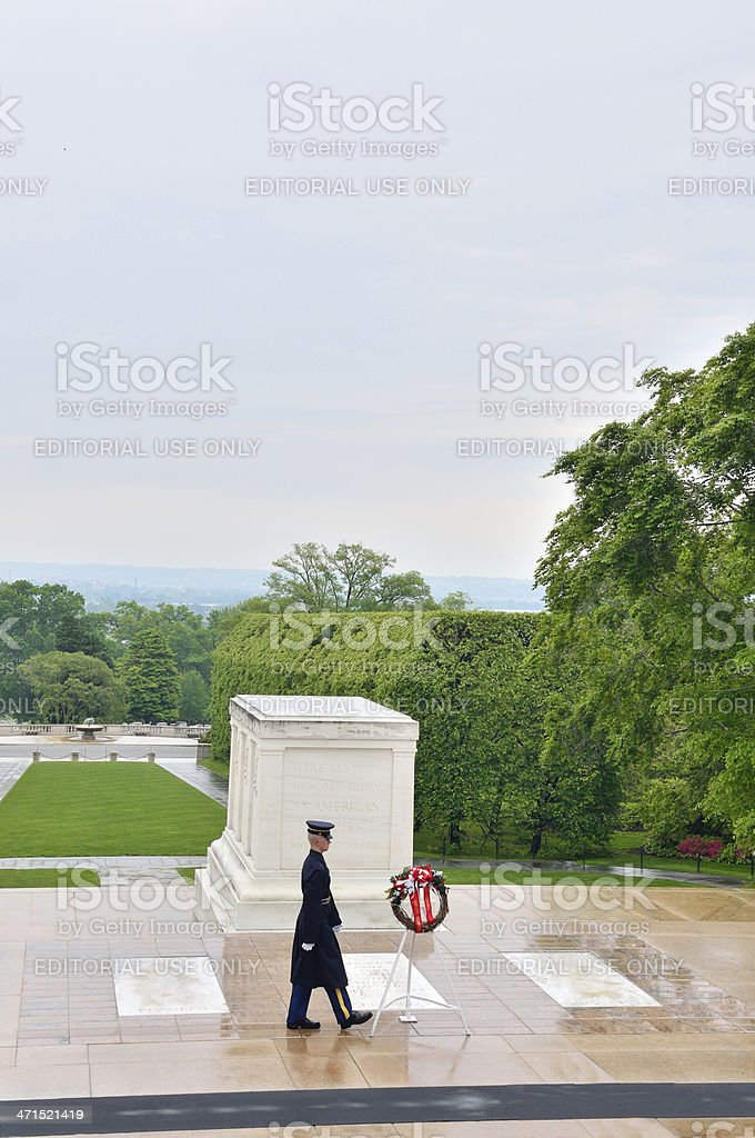 Tomb Of The Unknowns Sentinel And Memorial Wreath stock photo