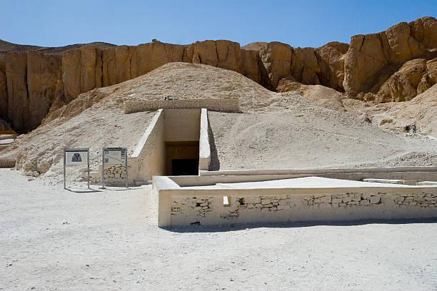 Tomb of Tutankhamun Tomb of Tutankhamun in the Valley of the Kings. valley of the kings stock pictures, royalty-free photos & images