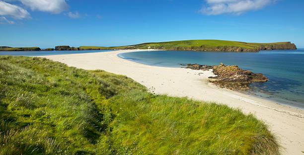 Tombolo und Strand in Bigton und St Ninian. Shetland. Schottland – Foto
