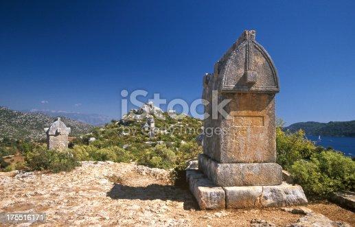 istock Tombs 175516171