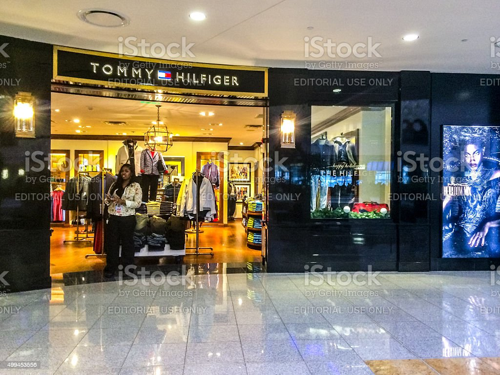 5613e571e Tommy Hilfiger Store At Atlanta Airport Usa Stock Photo & More ...