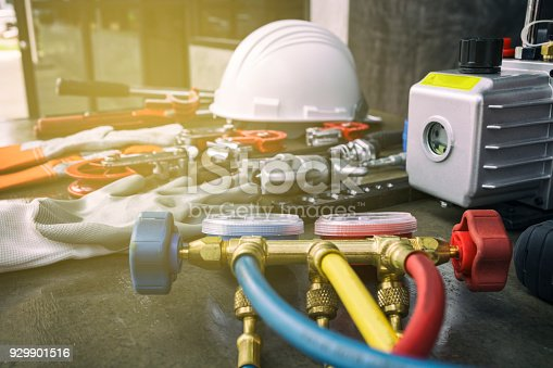istock Tool for air conditioner maintenance 929901516