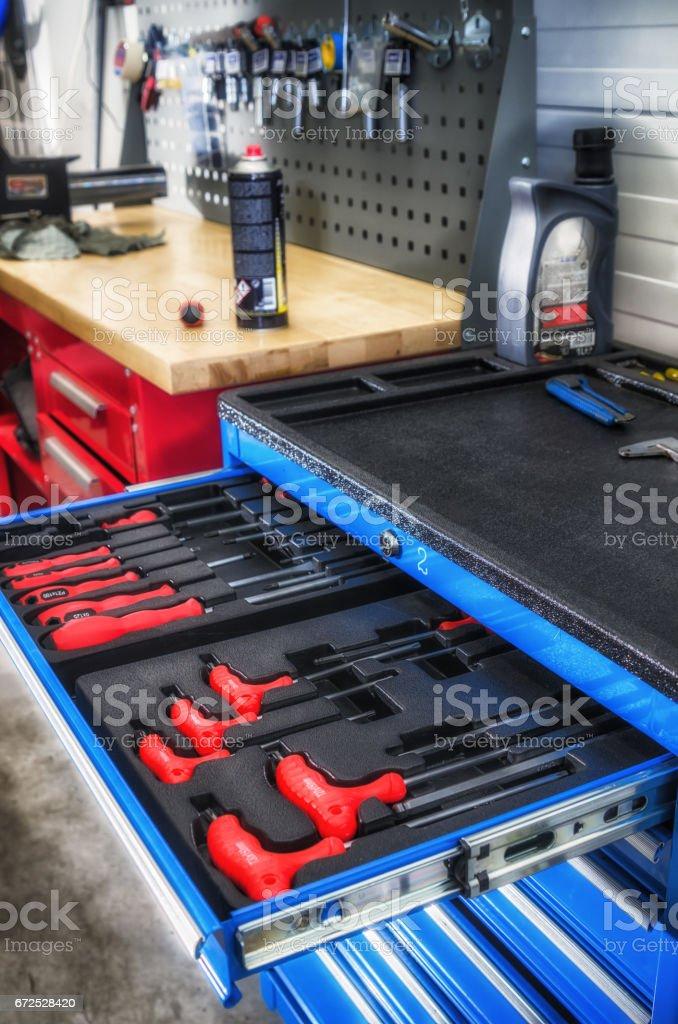 Toolbox in der Werkstatt, Nahaufnahme – Foto