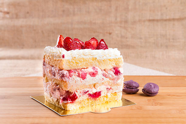 Top Angle View Strawberry Cake Slice rectangle shape - fotografia de stock