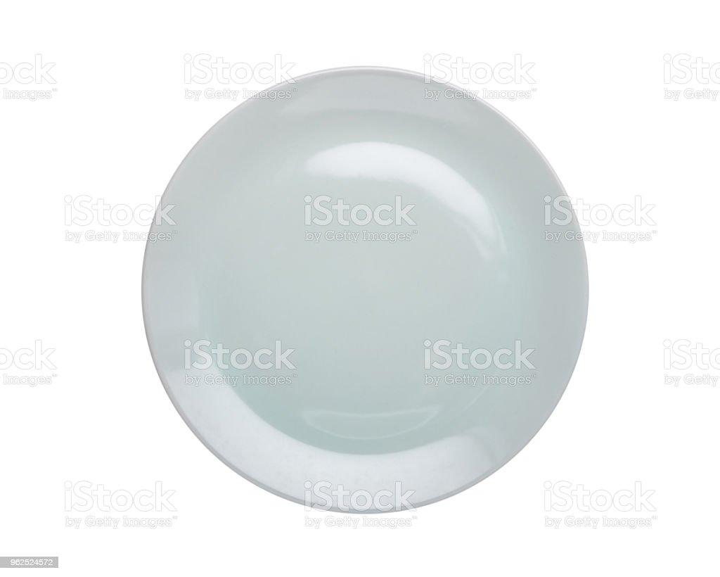 Vista superior vazia branca nova cozinha cerâmica prato isolado no branco. Salvou-se com o traçado de recorte - Foto de stock de Acima royalty-free