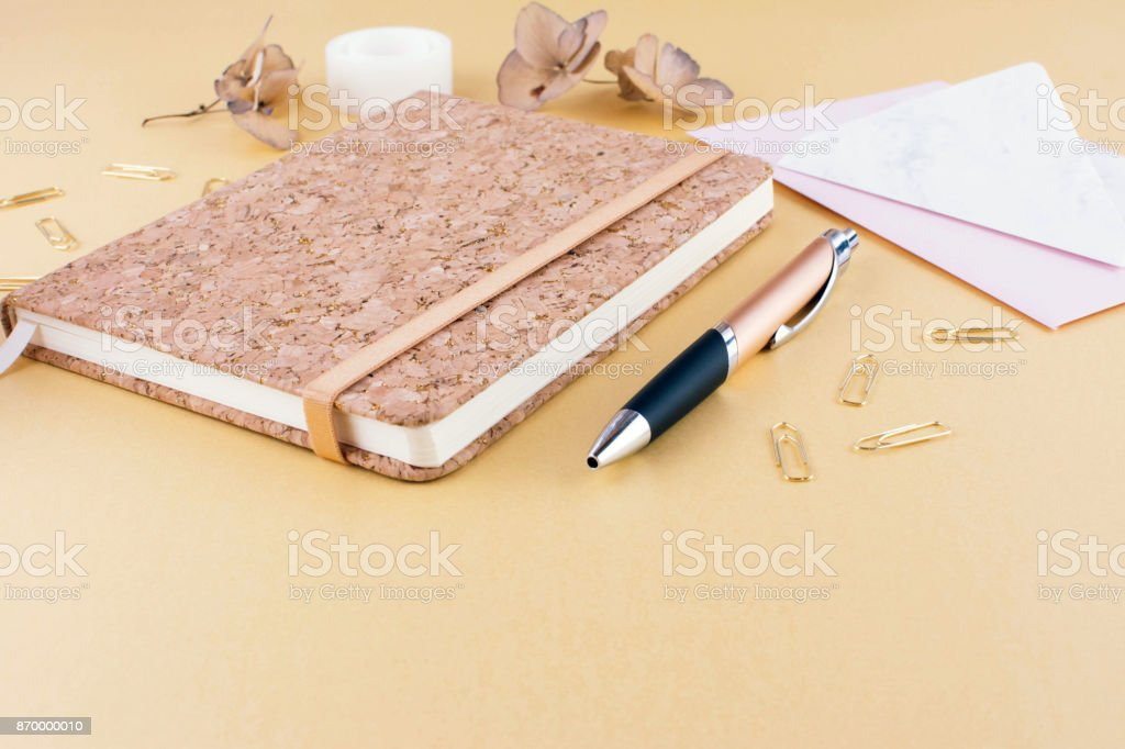 https www istockphoto com photo top view image of notebook with with pen gm870000010 145392589