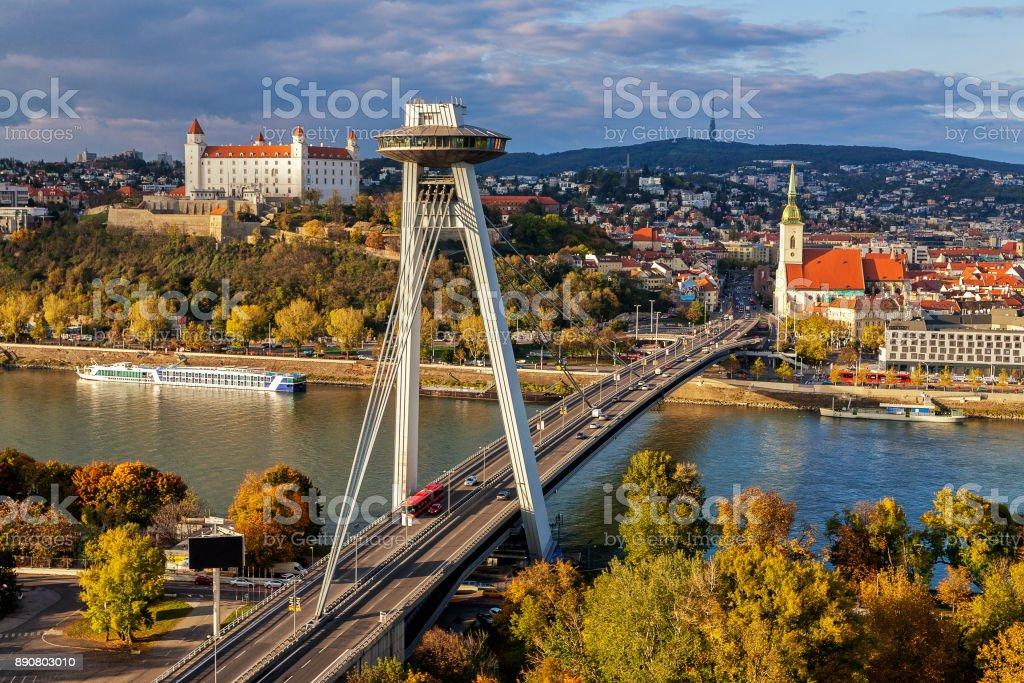 Draufsicht von Bratislava, Hauptstadt der Slowakei – Foto